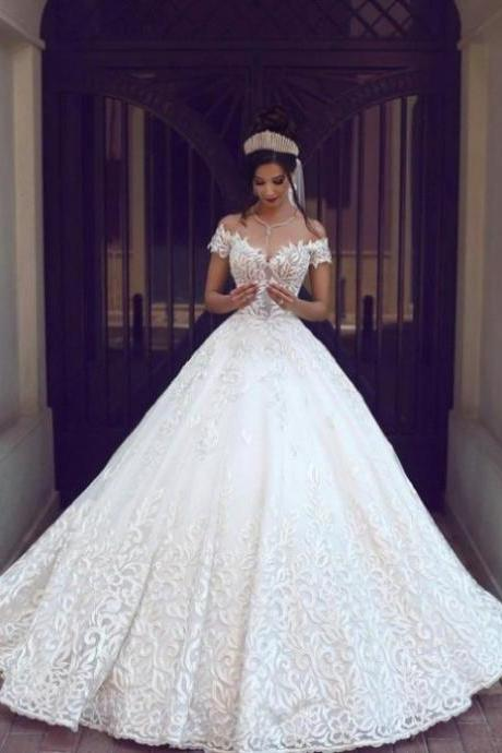 2017 Princess Homecoming Dresses Short Sleeves Sweetheart Court Train Lace Cheap Zipper Dresses