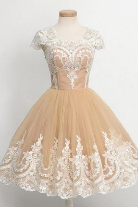 2017 Ball Gown Homecoming Dresses Cap Sleeves Round Knee-length Applique Customized Zipper Dresses
